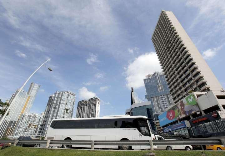 Apatel apoya la iniciativa de bonos para la recuperación del sector turístico