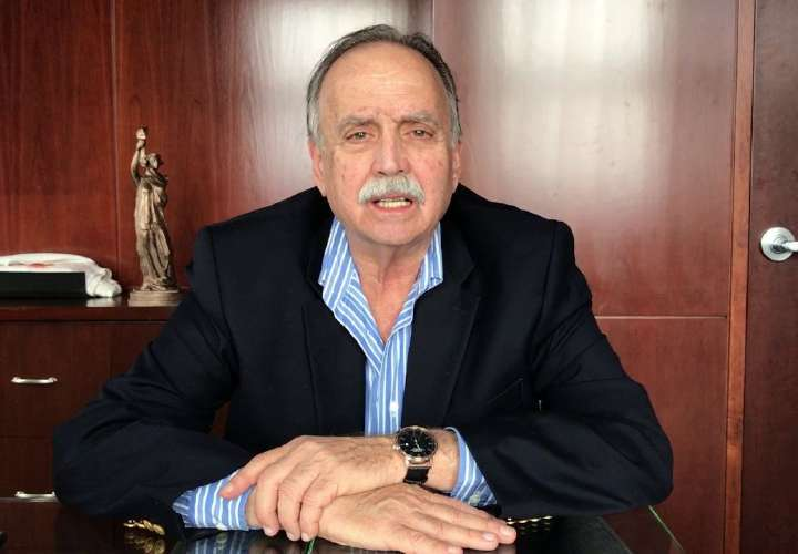 Cochez le solicita al Minsa información real sobre los médicos cubanos
