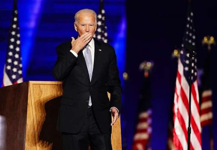 Un juez de EE.UU. rechaza un nuevo intento de revocar la victoria de Biden