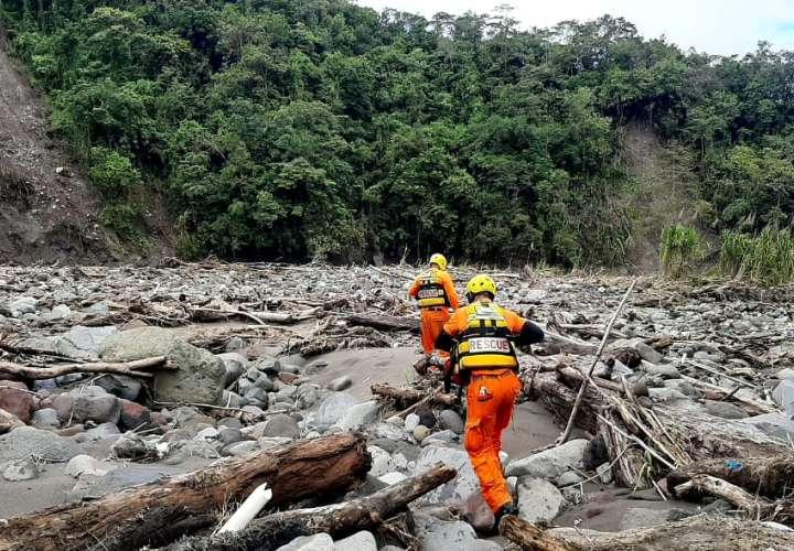 Sinaproc refuerza operación de búsqueda de desaparecidos por huracán Eta [Video]