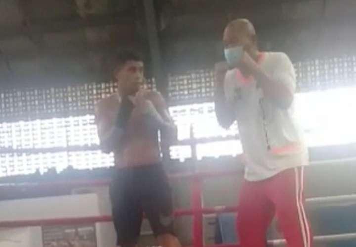 Ronal 'El Gallito' Batista entrena ahora con Rigoberto Garibaldi