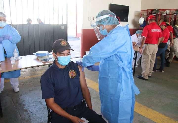 Sucre: el que quiere se vacuna, el que no, no