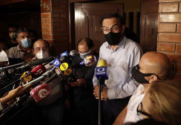El expresidente Vizcarra presenta acción de amparo contra el Congreso peruano