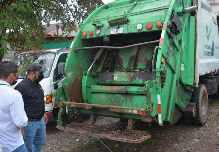 AAUD asesora a municipios para mejoras en manejo de los desechos