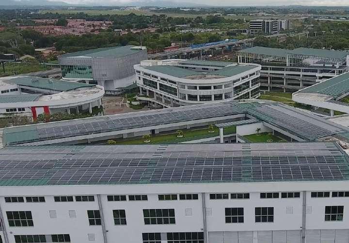 Destacan generación de energía en Panamá mediante fuentes renovables