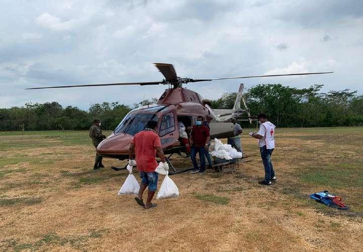 Ministro defiende alquiler de helicópteros para llevar vacunas