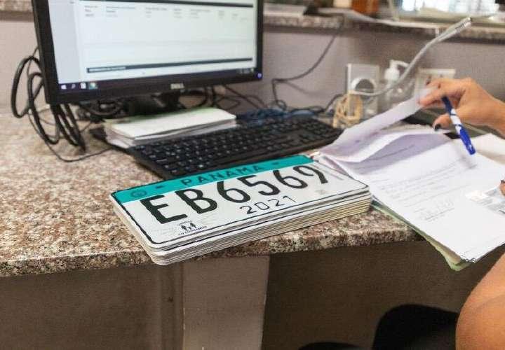 Placa vehicular tendrá 5 años de vigencia