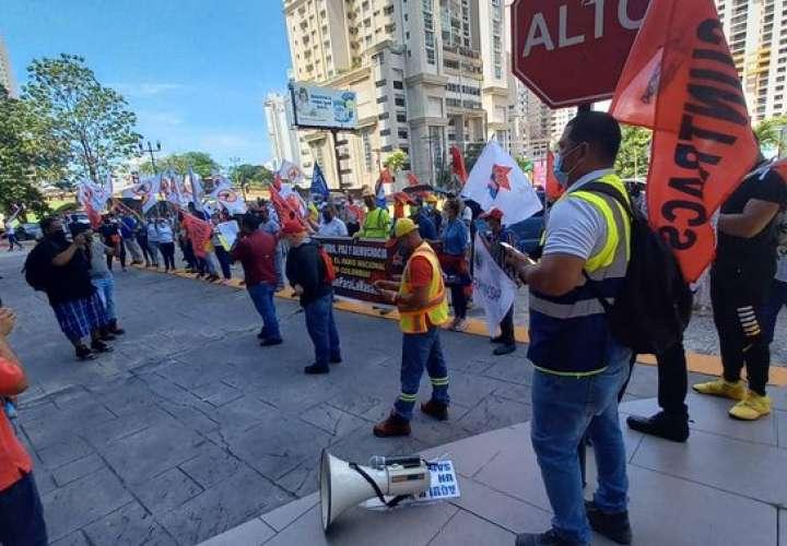 """Panamá escucha el S.O.S. de Colombia; piden a Duque """"parar la masacre"""""""