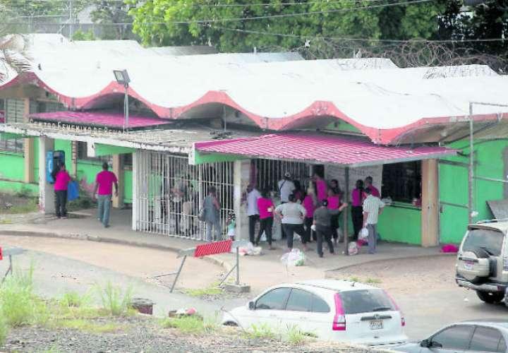 Diputadas inspeccionan cárcel de mujeres por denuncias
