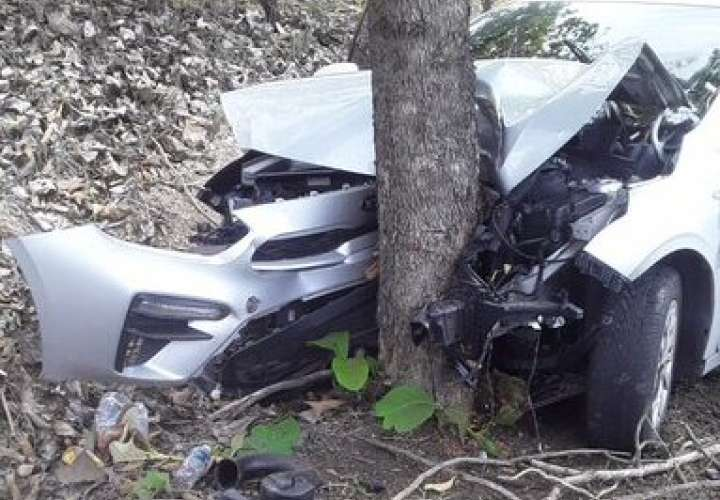 Choque y colisión deja varios heridos en Coclé y Colón (Video)