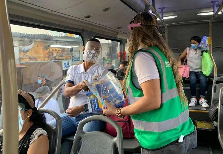 Desde ya obligatorio mascarilla y careta para viajar en el metrobús y metro
