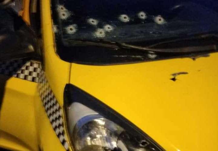 Muere taxista atacado a tiros en Pedregal
