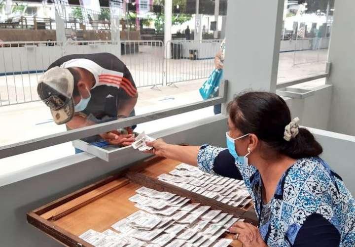Billeteros temen que denuncias contra Lotería afecte venta de chances y billetes