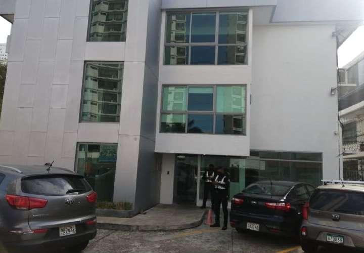 Allanan centro de vacunas para el Jet Set o yeyesada de Panamá