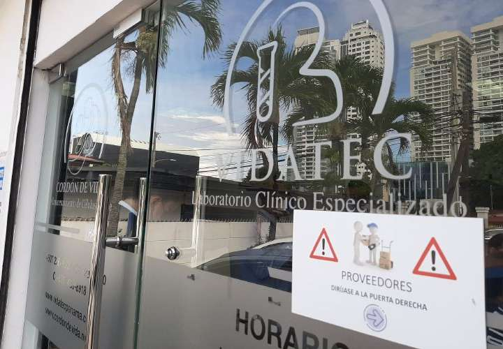 Dueña de vacunación clandestina es esperada en Fiscalía Anticorrupción