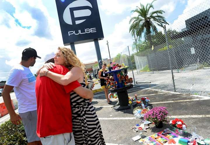 Biden condena el odio contra los LGTBQ en aniversario del tiroteo de Pulse