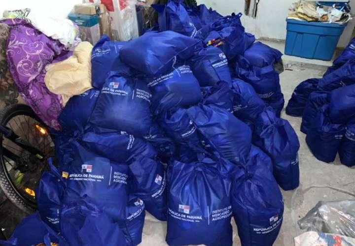 ¡El colmo! se llevaba casa cientos de bolsas del Panamá Solidario