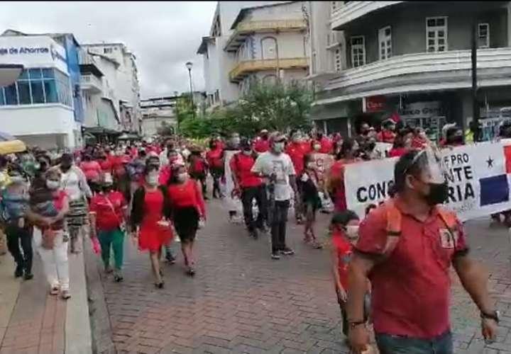 Miembros de Coordinadora Victoriano Lorenzo exigen tierras para vivir dignamente