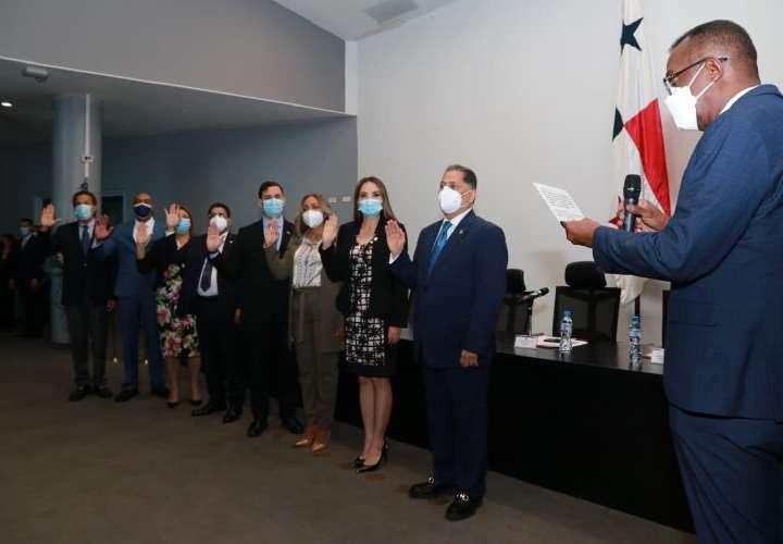 14 denuncias a magistrados de la CSJ y 2 contra Nito en Comisión de Credenciales
