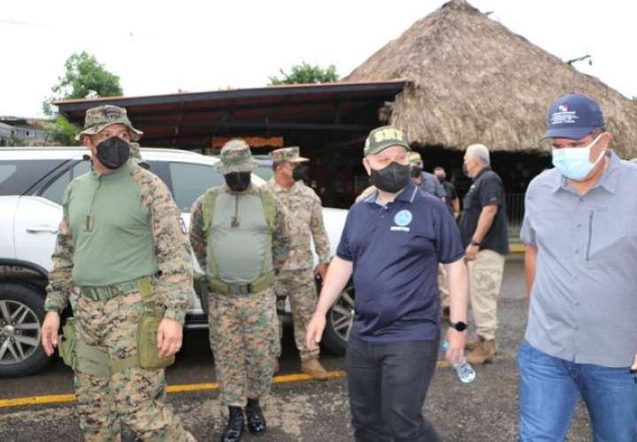 Panamá y Costa Rica analizan situación migratoria y seguridad