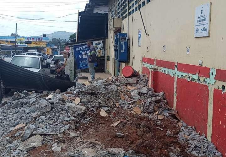 Remodelan mercado de Capira