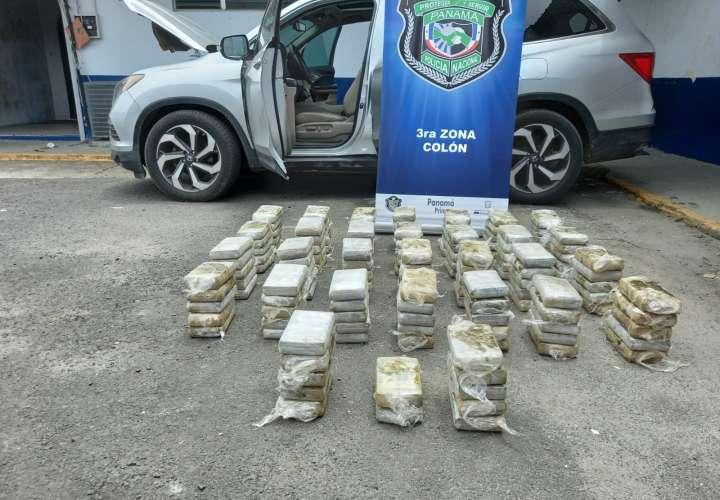 El auto fue detenido en la costa Arriba de Colón