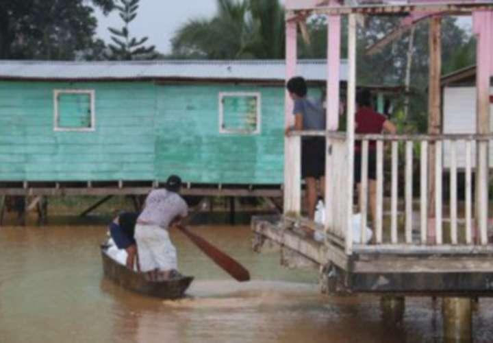 25 mil afectados por lluvias en Bocas