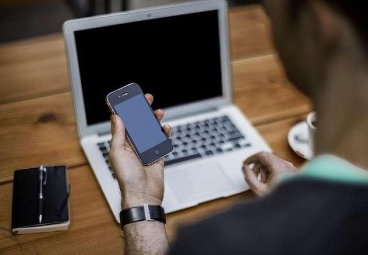 En los teléfonos celulares de hoy día las personas guardan todo tipo de información personal.