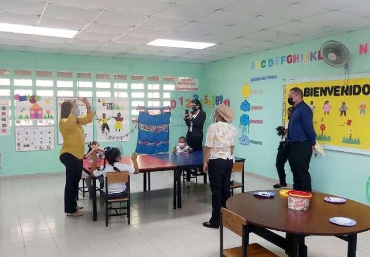 En la provincia de Panamá Oeste, un total de 21 centros educativos multigrado iniciaron clases semipresenciales el pasado mes de junio.
