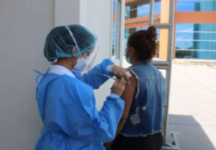 Vacunarán a 429,209 la otra semana