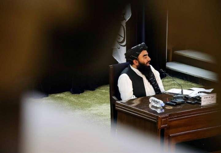 El Gobierno del Emirato Islámico, como se autodenominan los talibanes, trabajará por mantener la ley islámica aunque protegerá los derechos humanos en el marco del islam. EFE