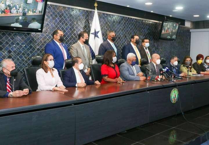 Receso en discusión de reformas; Nito se reúne con Asamblea y Tribunal Electoral