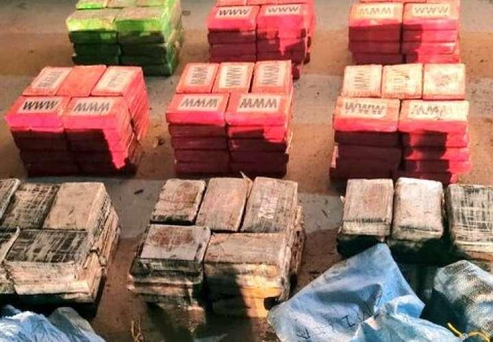 Incautan 269 paquetes de droga en Isla Colón  [Video]
