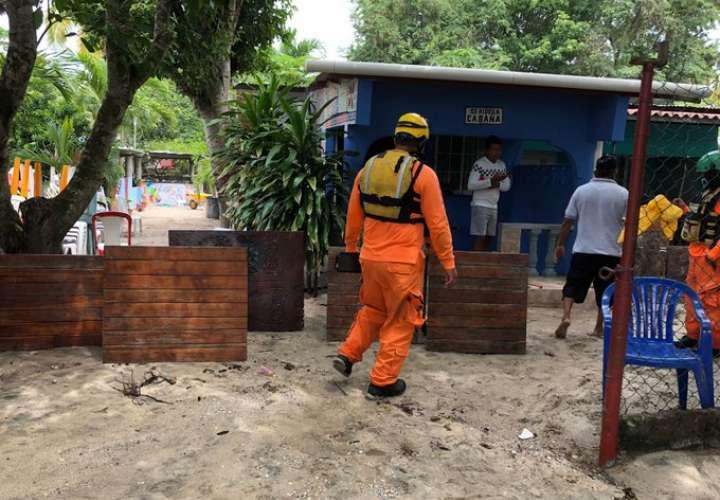 Afectaciones en casas y restaurantes por mar de fondo en Coclé