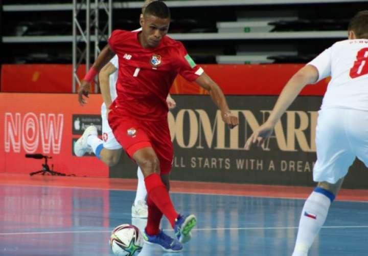 El equipo panameño tuvo mayor porcentaje de posesión del balón durante el partido pero le faltó efectividad en sus ataques.