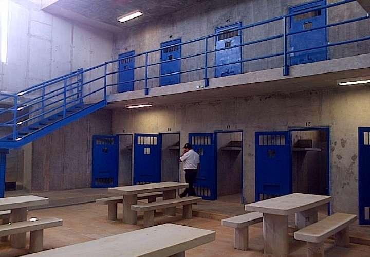 Encuentran muerto a un preso en la Nueva Joya