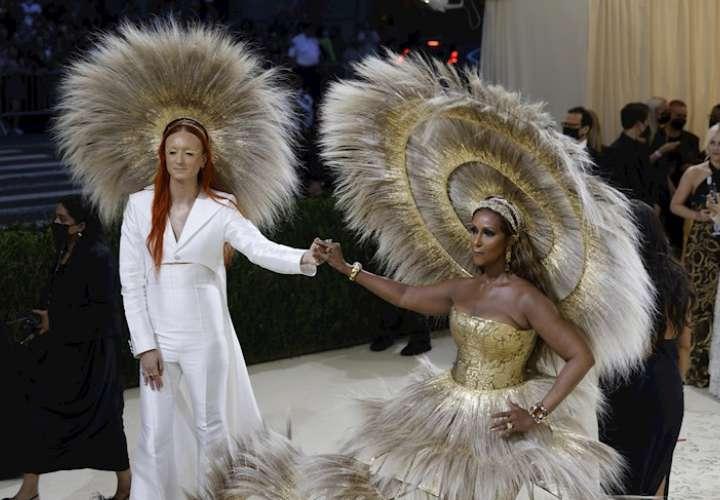 Las celebridades rinden tributo a Estados Unidos en el retorno de la Met Gala