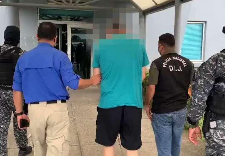 Extraditan a hombre por tráfico de heroína  [Video]