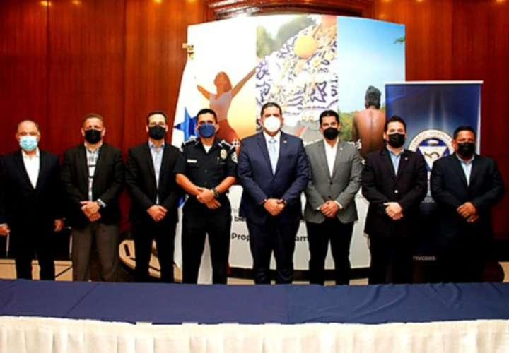 Cuerpos de seguridad se reúnen con cúpula empresarial