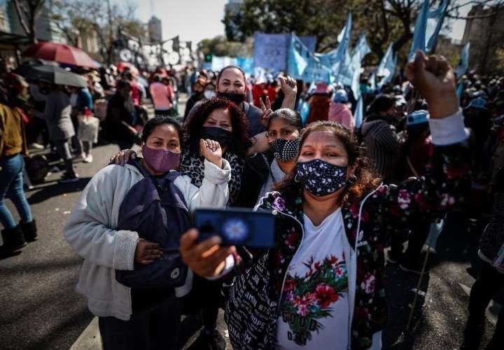 Protestas vuelven a las calles argentinas tras derrota electoral oficialista