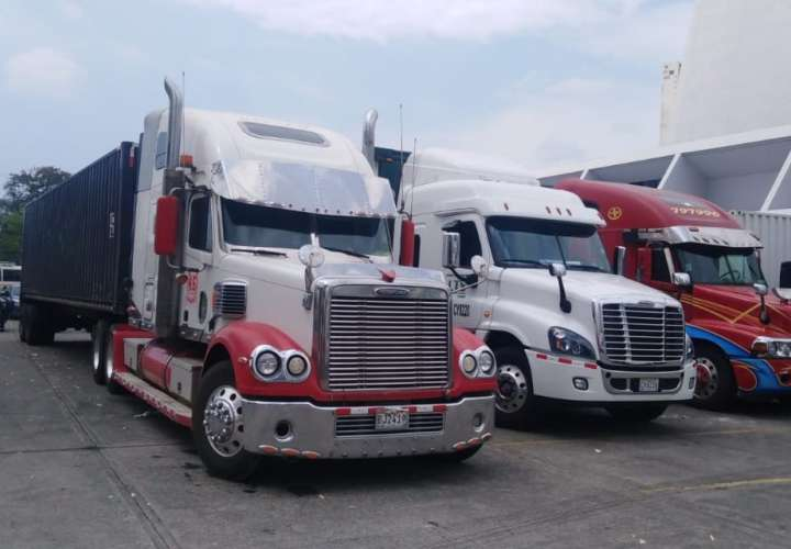 Transportistas de carga van a huelga el jueves