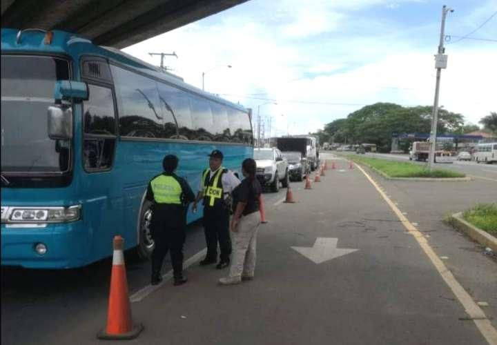 Atrapan en un bus a nicaragüense involucrado en tráfico de migrantes