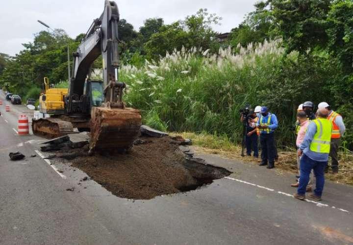 Trabajos para reparar vía en Loma Cová se extenderán por una semana