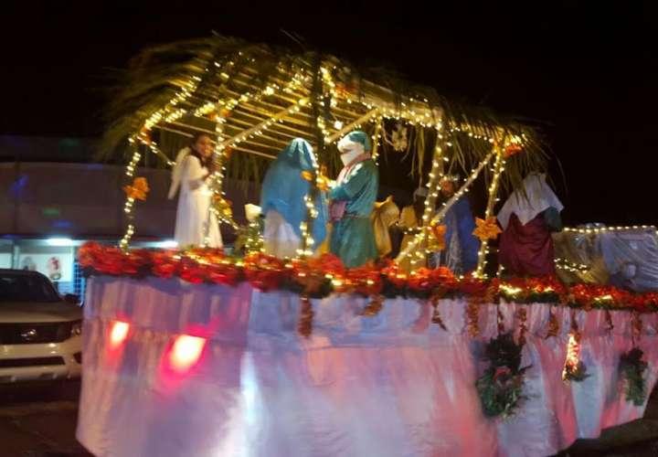 Boquete tendrá desfile de navidad y feria de Las Flores
