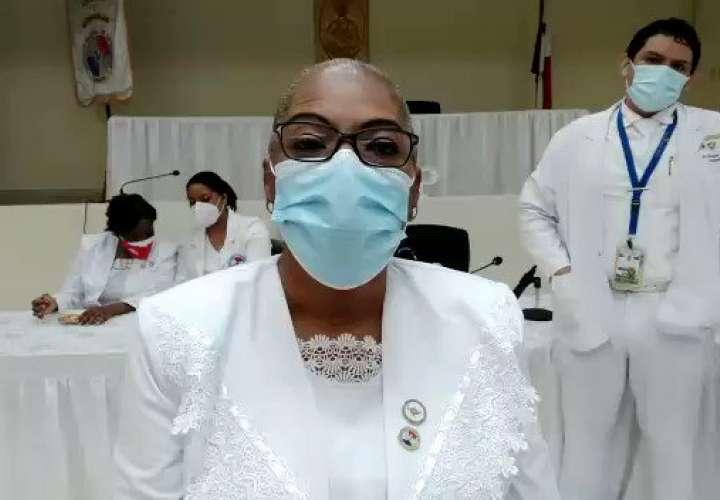 Enfermeras reclaman pagos y contrataciones permanentes