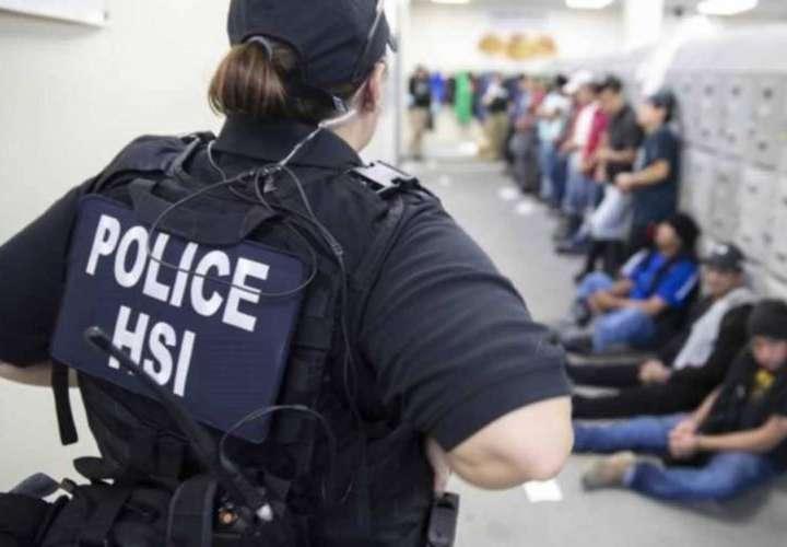 Gobierno de EEUU suspende las redadas de inmigrantes en lugares de trabajo