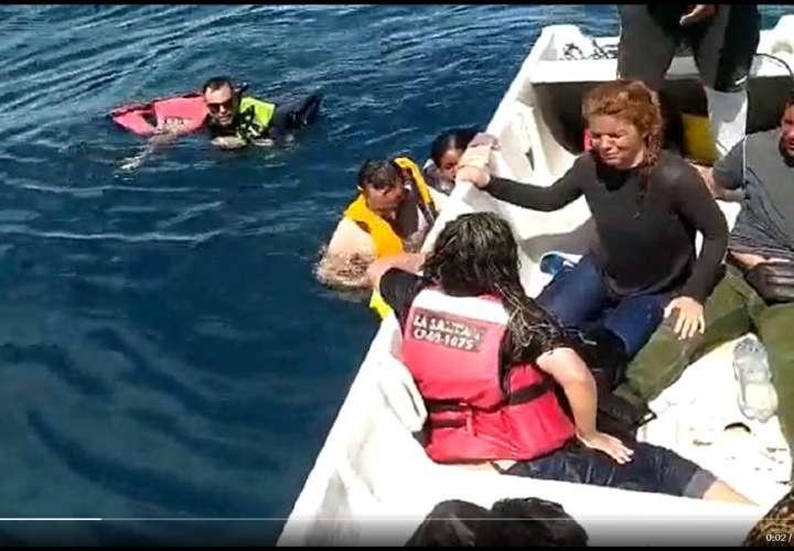 Mueren tres migrantes en naufragio cuando venían a Panamá