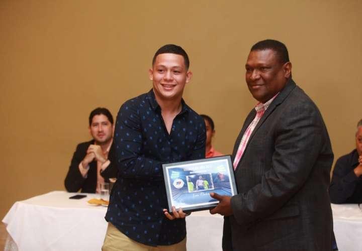 Jaime Arboleda encabezó premiación de la Comibox de Panamá