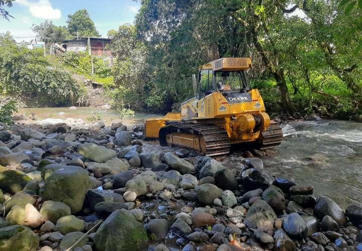 Siguen los deslizamientos en Bocas; 76 puntos críticos en Chiriquí y comarca