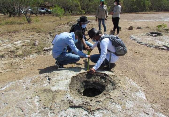 Analizan propiedades curativas de aguas minerales en Herrera
